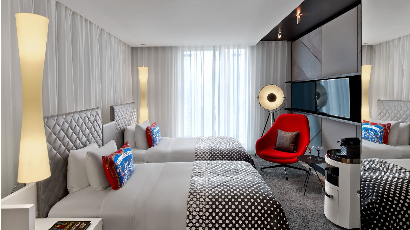 Leicester square accommodation rooms and suites at w london for W hotel bedroom designs