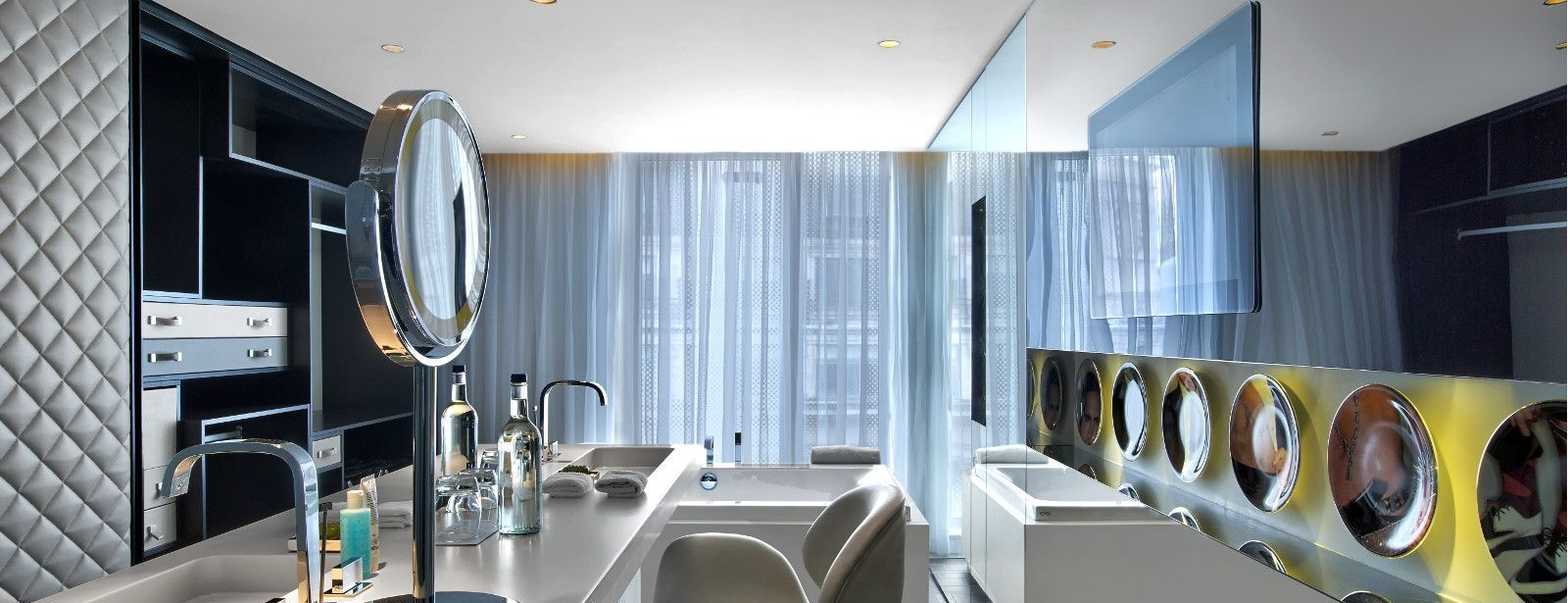 W London Leicester Square WOW Suite